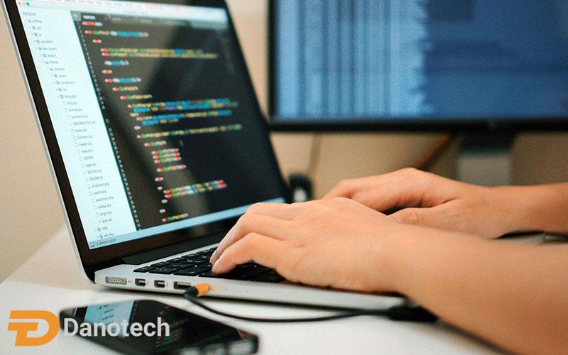 لپ تاپ خوب برای برنامه نویسی