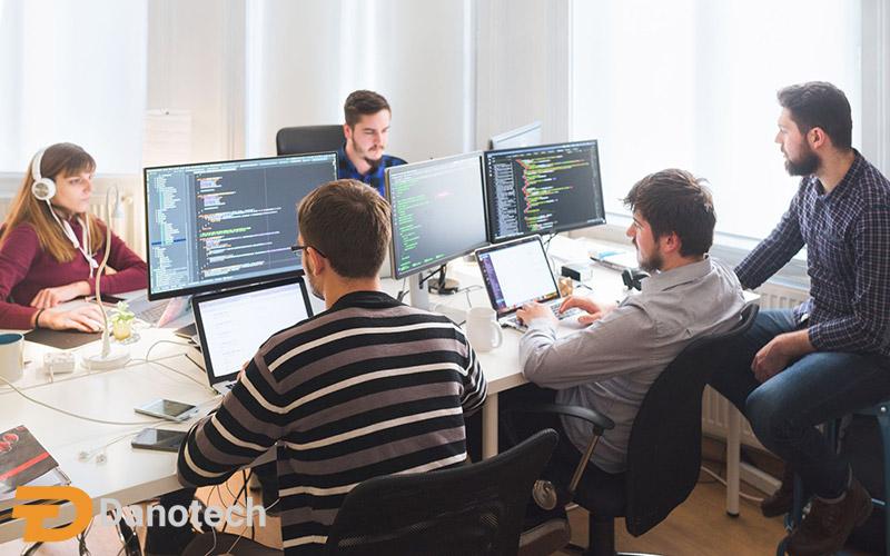 ویژگی های بهترین مانیتور برای برنامه نویسی