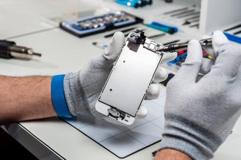ماکروتل پیشرو در تعمیرات موبایل