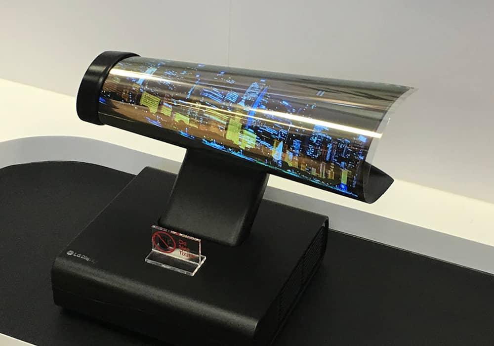 سامسونگ در حال تولید صفحه نمایشهای OLED تاشو برای گوگل و شیائومی