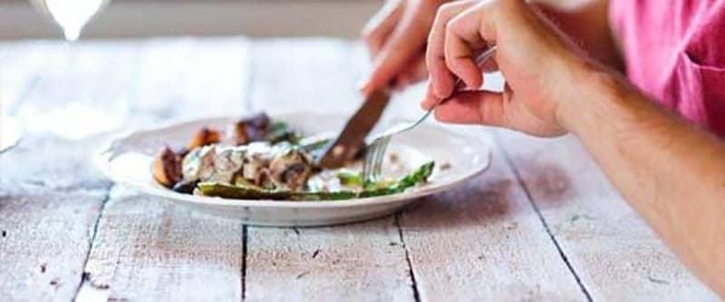 استفاده از ظروف مجزا برای غذا خوردن