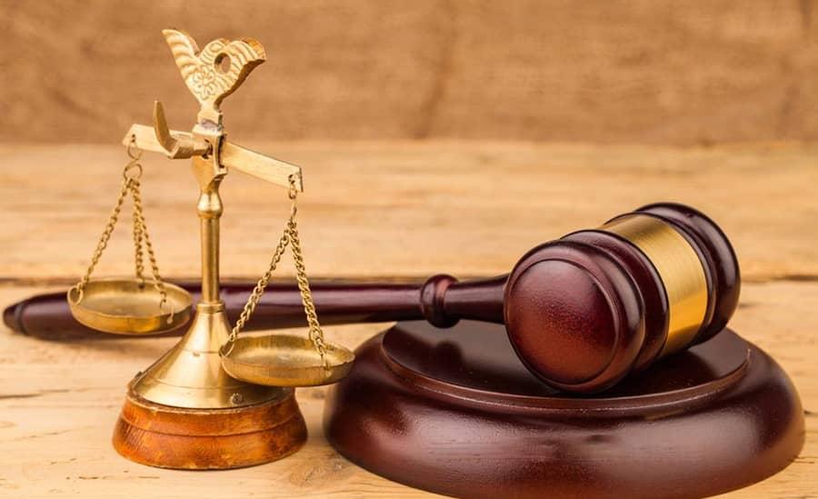 وکیل در شهر قدس