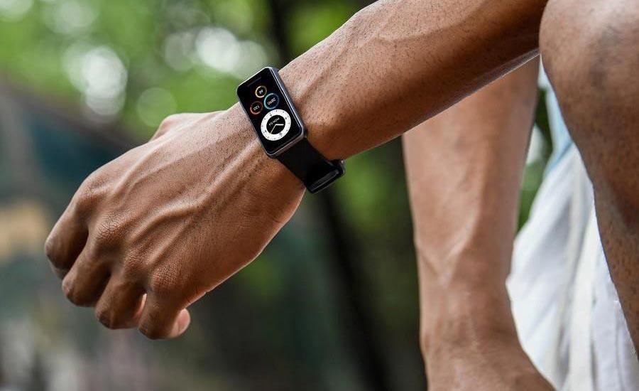 دستبند هوشمند Realme Band 2 به صورت رسمی عرضه شد