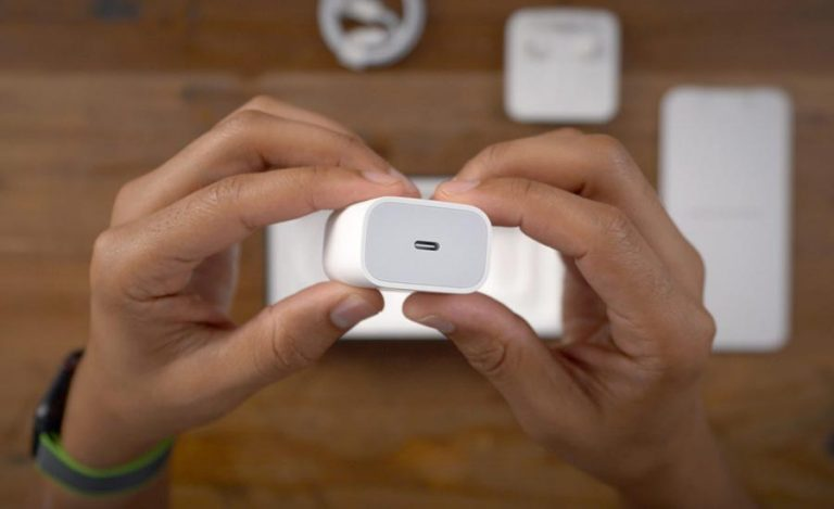 پیشنهاد کمیسیون اتحادیه اروپا برای حذف کردن شارژ از جعبه تمام گوشیها