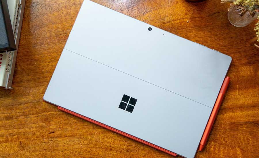 برخی از مشخصات مایکروسافت سرفیس پرو 8 مشخص شد